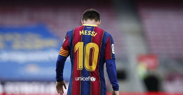 Official: Lionel Messi leaves Barcelona as a free agent