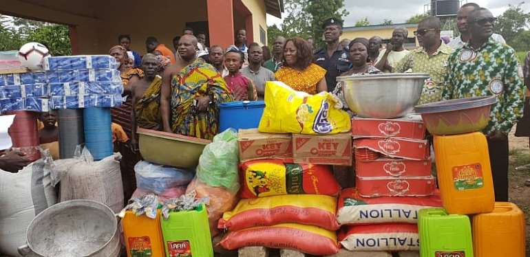 Madamfo Ghana Foundation Donates Food Items To Attakrom Primary School