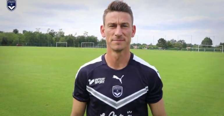 Laurent Koscielny: Bordeaux Sign Defender From Arsenal
