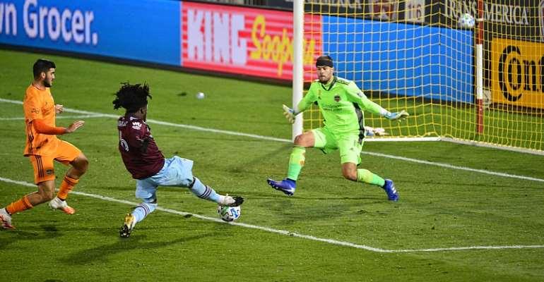 Imposing Lalas Abubakar Scores Dramatic Late Goal To Save Colorado Rapids From Defeat