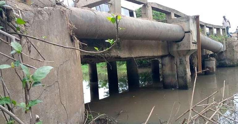 V/R: Sokode-Bame Road Closed Over Weak Bridge
