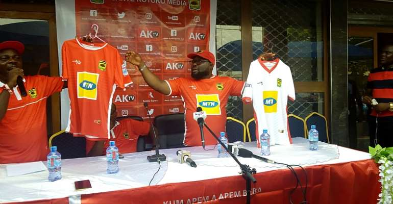 CAF Champions League: MTN Buys 1000 Asante Kotoko Jerseys For Fans Ahead Of Etoile du Sahel Game