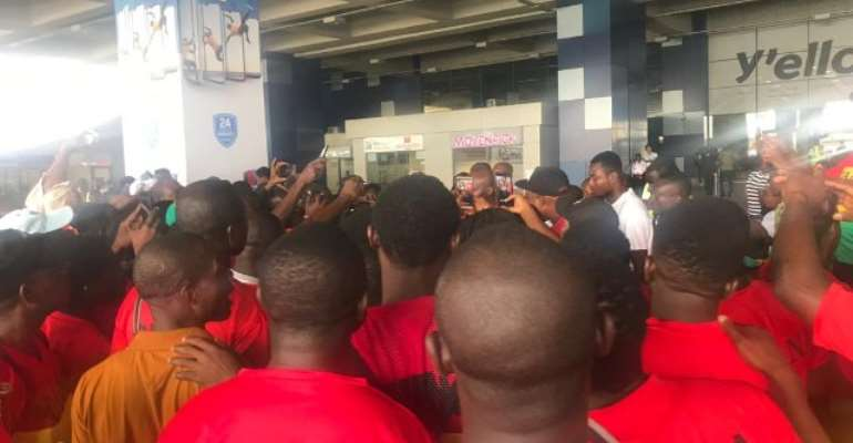 Black Meteors Given A Hero Welcome After AFCON U-23 Qualification [VIDEO]