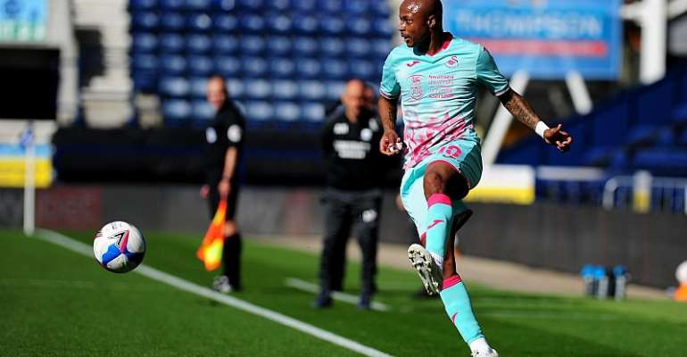 Andre Ayew in control