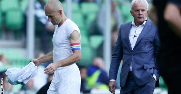 Arjen Robben was making his first appearance for Groningen since 2002