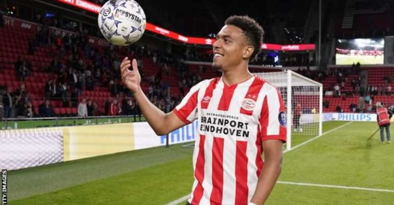 Donyell Malen Scores Five In PSV Rout