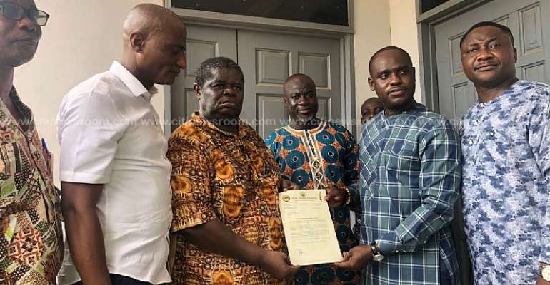 Henry Quartey pledges GHS1,500 monthly stipend to veteran actor Psalm Adjeteyfio