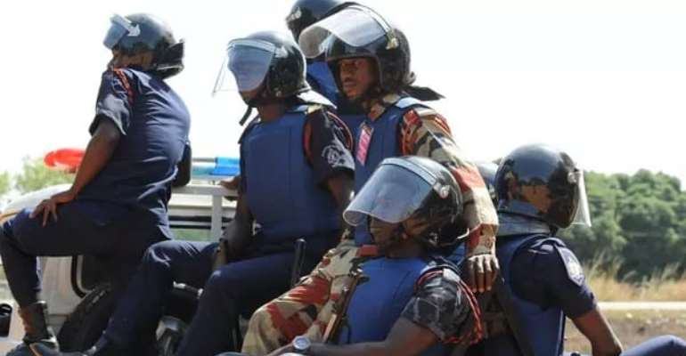 Police Stop DKM Demo