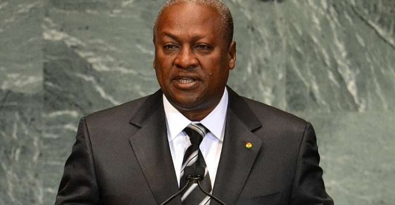 Asante Youth Fights Mahama For Denying Asantehene