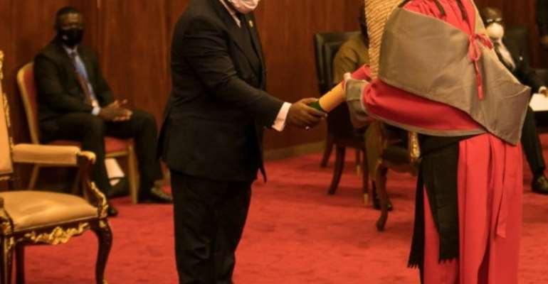 Akufo-Addo Inducts 8 Judges To High Court