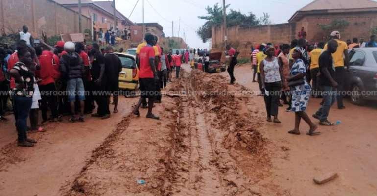 Ashanti Region: 'NO Roads NO Vote' Campaign Hits Santasi-Apire, Hemang