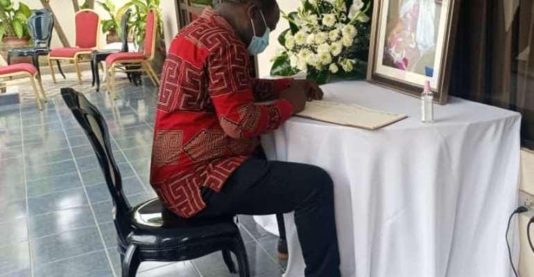 NPP Chairman hopeful Abankwa Yeboah consoles Bawumia over lost of mother