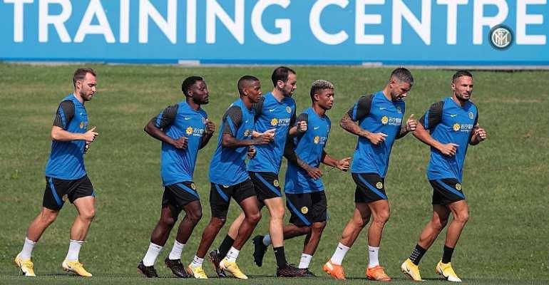 Kwadwo Asamoah Steps Up Pre-Season Training At Inter Milan Despite Uncertain Future