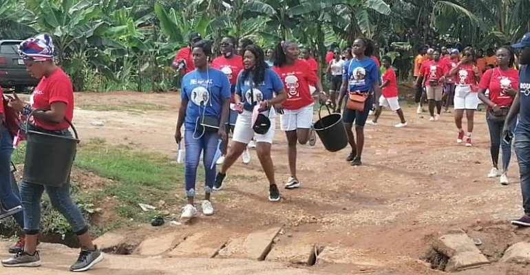 Twifo Atti-Morkwaa Constituency: NPP Loyal Ladies Hold Car Washing Campaign Ahead Of Election 2020