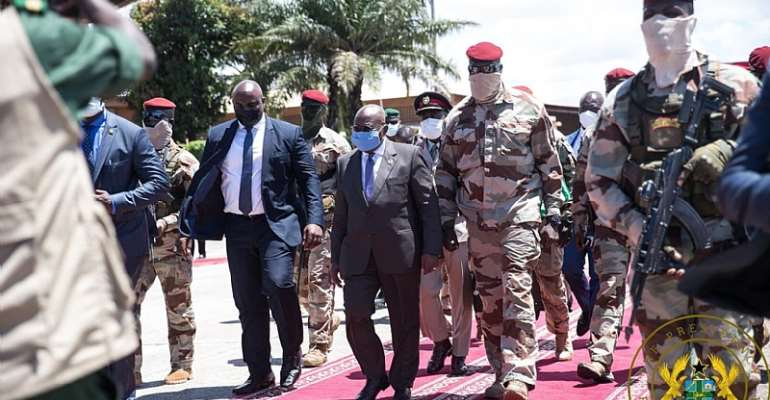 PHOTOS: Akufo-Addo arrives in Guinea as ECOWAS chair to hold talks with coup leaders