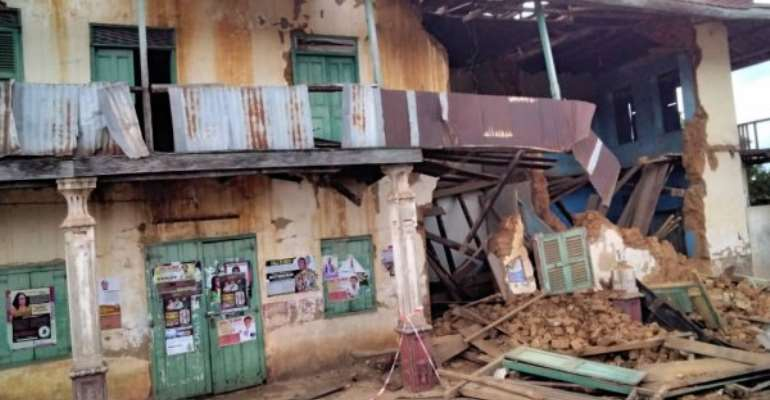 Fire guts Akim Oda Chief Palace, less than 72hours of Ada Market fire outbreak