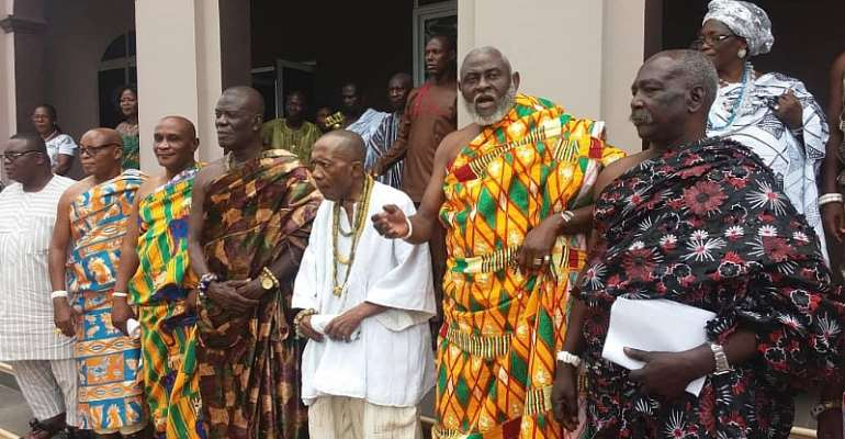 Nii Okwei Kinka Dowuona VI, the Osu Mantse , [4th from right ] in a group picture with some members of the Regional House of Chiefs