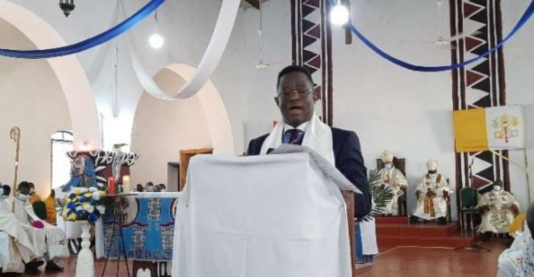 'Get rich quick' attitude among the youth eroding moral fabric of society — Bawumia