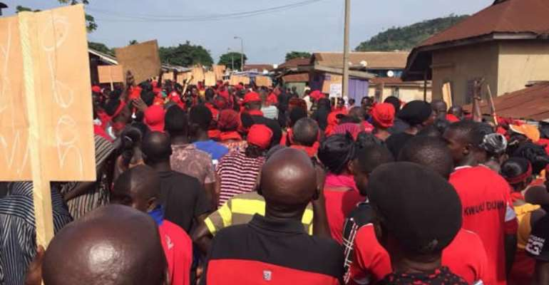 Group Threatens 'Kum Y3n Preko' Demo Against Statistical Service Over Unpaid Allowance