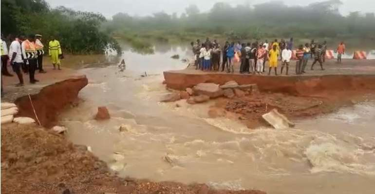 C/R: Commuters, drivers stranded as flood divides road at Akomfode