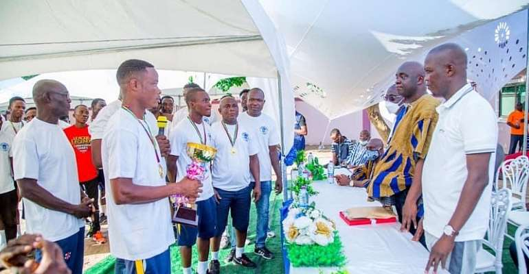 Akatsi All Stars FC presents trophy to the Clubs Board and Patrons