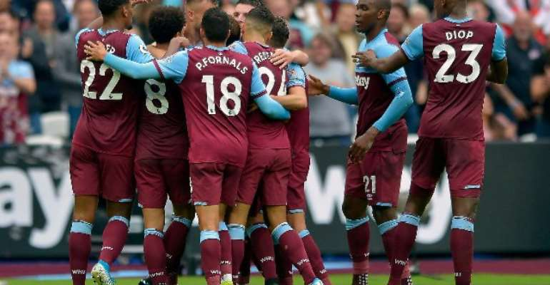 West Ham Too Strong For Manchester United