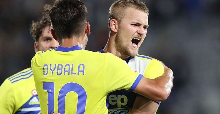 Juventus come from behind for first Serie A win of season
