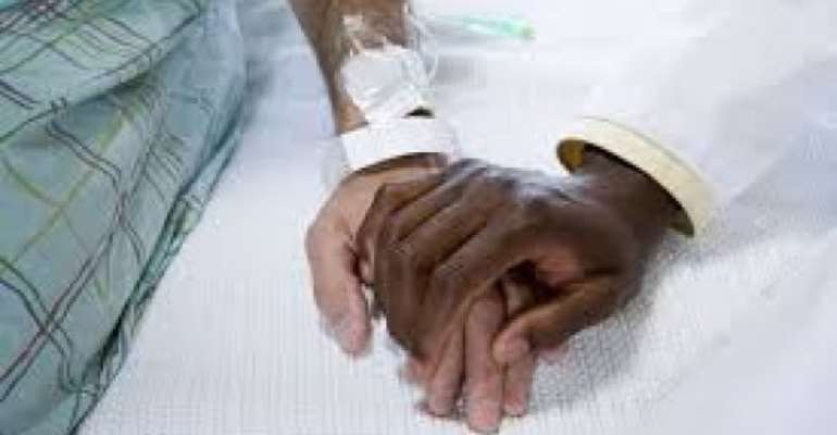 Cancer patients urged not to lose hope in fighting disease