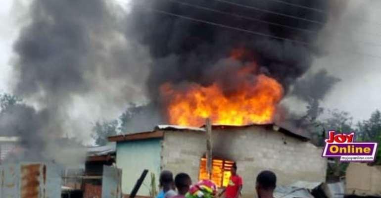 Abura-Dunkwa: Irate Youth Set Houses On Fire
