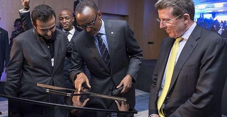 President Kagame and the founder of Mara Group, Ashish J. Thakkar - photo credit: Rwandan media