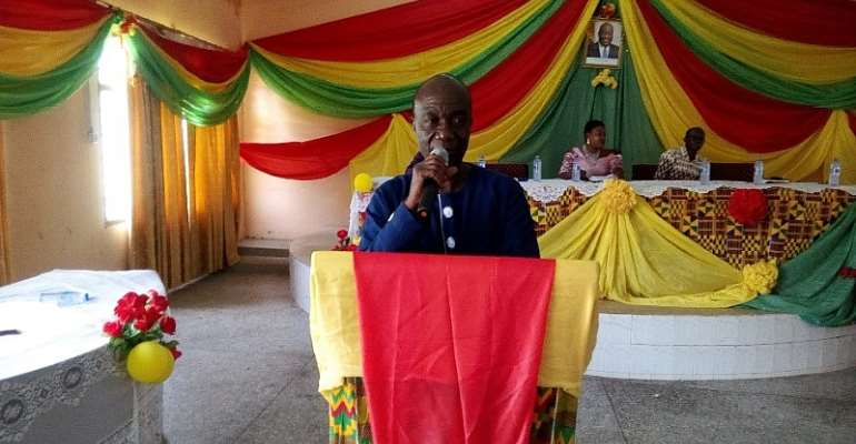 Hon Samuel Kena (DCE) addressing the General Assembly