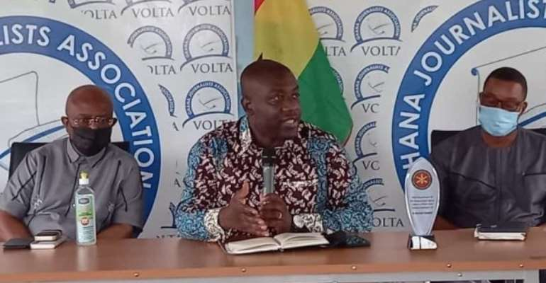 Bear with us on the border closure — Oppong Nkrumah to residents