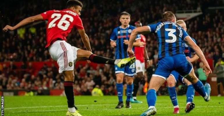 Man Utd Beat Rochdale On Penalties To Progress In Carabao Cup