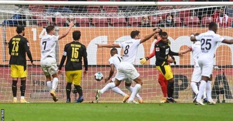 Bundesliga: Dortmund Suffer Surprise Loss At Augsburg