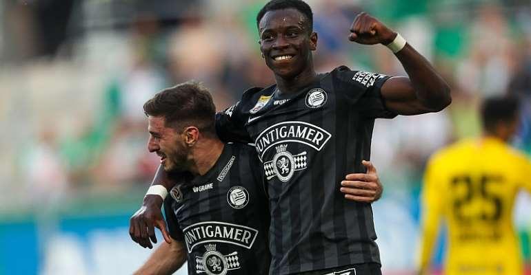 Ghanaian striker Kelvin Yeboah scores to inspire SK Sturm Graz to batter Rapid Wien 3-0