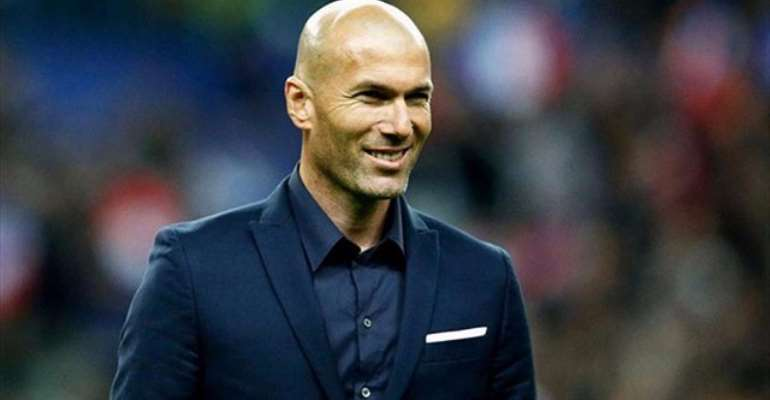 Zidane denies rift with Ronaldo