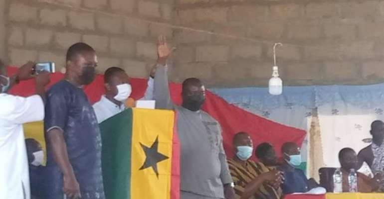 Akontombra District Assemblymembers confirm Yawson Amoah as DCE