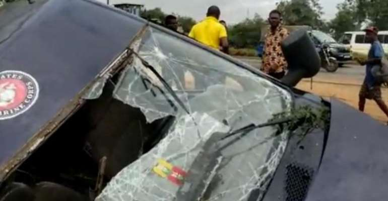 15 persons injured in road accident near Kpone barrier