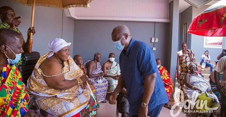 We'll Name Promised Stadium After You – Berekum Queenmother To Mahama