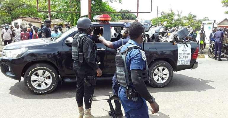 A/R: Police arrest 396 suspected criminals; intercepts 793 motorbikes