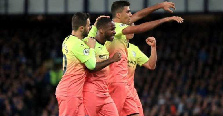Manchester City Hold Off Resilient Everton