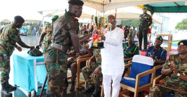 Headquarters Central Command Wins Inter-Unit Drill Competition