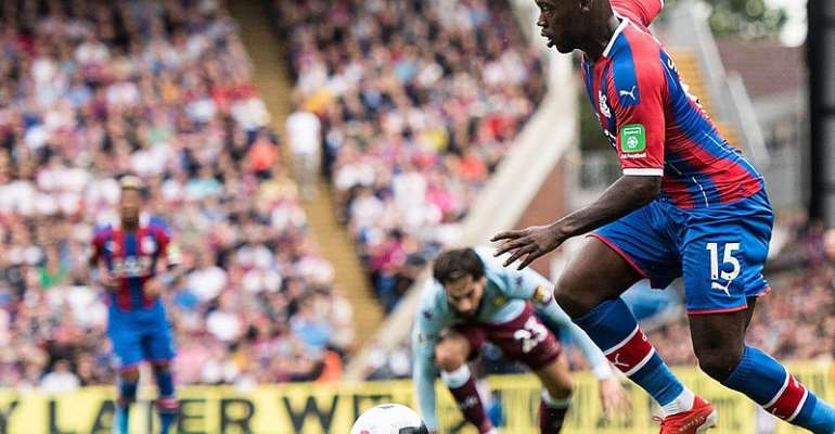 'Jeffery Schlupp Is Underrated', Says Crystal Palace Manager Roy Hodgson