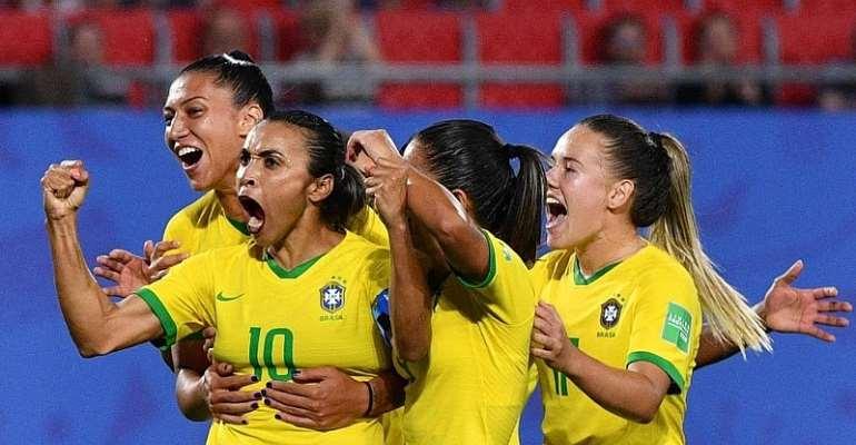 Brazil equalises pay for women's, men's national football teams