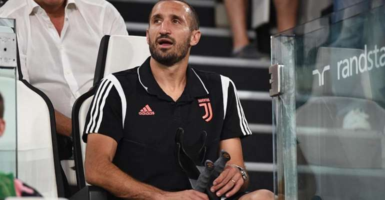 Juve Captain Chiellini Out For Six Months After Knee Surgery