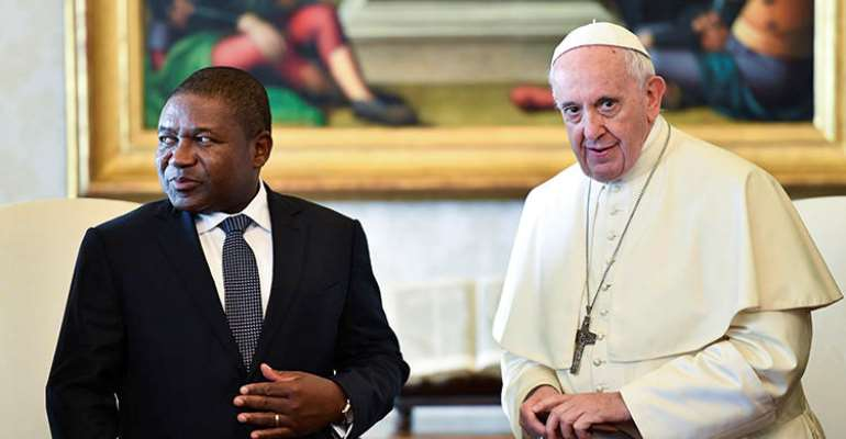 Pope Francis is seen with Mozambique President Filipe Nyusi at the Vatican on September 14, 2018. The pope recently began a visit to Mozambique, which has seen a crackdown on journalists over the past year. (Alberto Pizzoli/Pool via AP)