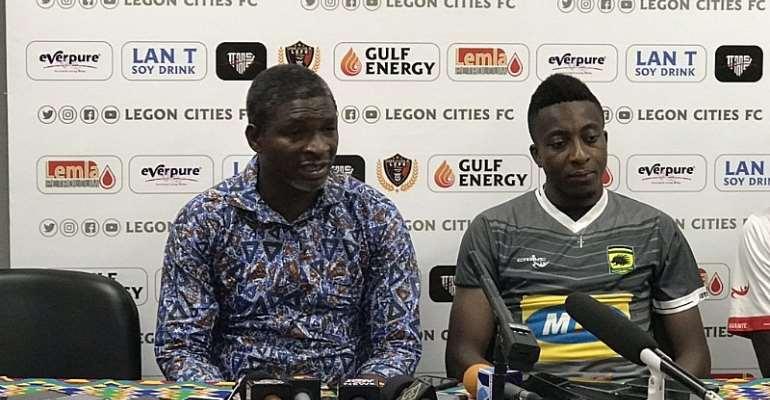 Kotoko coach, Maxwell Konadu and Felix Annan