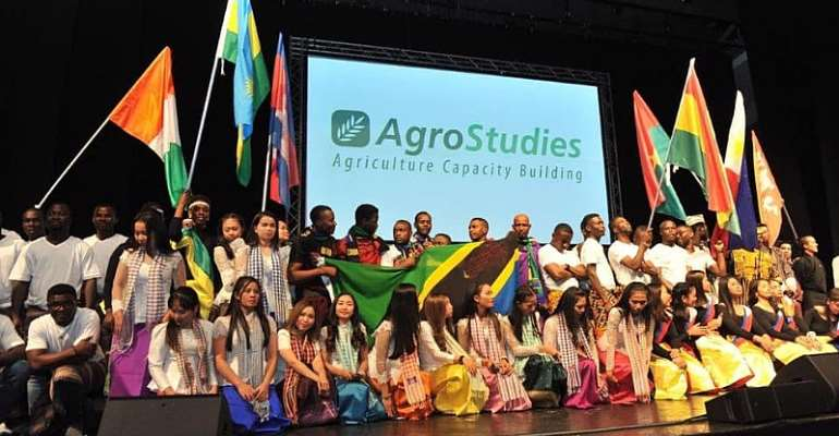 Ghanaian Agric Students Complete Agrostudies Training In Israel