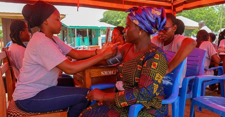 Seikwa Residents Enjoy Free Health Screening