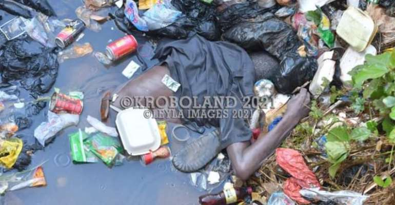 E/R: Unidentified man murdered and dumped in a gutter